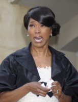 Angela Bassett - Hollywood - 21-03-2008 - Star come noi: anche i ricchi piangono