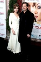 Angelina Jolie, Brad Pitt - New York - 06-12-2010 - Brad Pitt-Angelina Jolie: pronto il contratto prematrimoniale