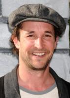 Noah Wyle - Los Angeles - 11-12-2010 - Noah Wyle torna in televisione con Falling Skies