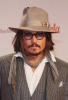 Johnny Depp - Berlino - 14-12-2010 - L'ultimatum di Vanessa Paradis a Johnny Depp: porta via tutti quei cappelli