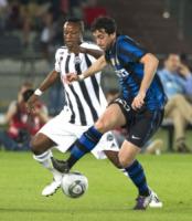 Diego Milito - Abu Dhabi - 18-12-2010 - Ecco i calciatori nel mirino dell'anonima sequestri