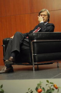 "Vittorio Sgarbi - Salemi - 20-12-2010 - Vittorio Sgarbi: ""Morgan sara' l'assessore di Salemi"""