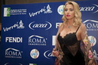"""Valeria Marini - Milano - 23-12-2010 - Valeria Marini: """"Ho avuto un uomo violento, ma mia madre mi ha salvata"""""""