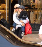 Max Bratman, Christina Aguilera - Los Angeles - 23-12-2010 - Inizio anno esplosivo per Christina Aguilera