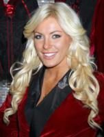 Crystal Harris - Las Vegas - 27-12-2010 - Lite tra conigliette nella Playboy Mansion