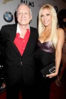 Crystal Harris, Hugh Hefner - Las Vegas - 27-12-2010 - Lite tra conigliette nella Playboy Mansion
