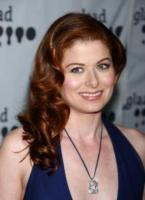 Debra Messing - Hollywood - 09-04-2006 - Tutte le nomination per gli Emmy Awards