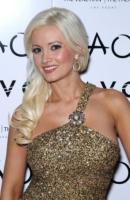 Holly Madison - Las Vegas - 31-12-2010 - Lite tra conigliette nella Playboy Mansion