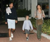 Achille Costacurta, Alessandro Costacurta, Martina Colombari - Miami - 03-01-2011 - 19 marzo, festa del papà o festa dei DILF?