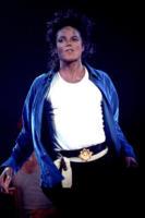 Michael Jackson - Bad Tour 1988 - Los Angeles - 05-01-2011 - Gli esecutori testamentari di Michael Jackson fanno causa a un sito di merchandising