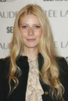 Gwyneth Paltrow - Londra - 09-11-2005 - CINEMA: Gwyneth Paltrow mamma bis, un bebe' di nome Moses