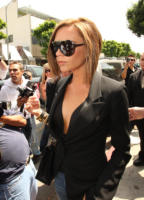 Victoria Beckham - West Hollywood - 16-04-2008 - Victoria Beckham: prima la famiglia poi il silicone