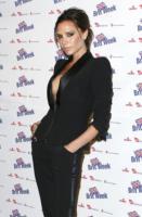 Victoria Beckham - Londra - 07-01-2011 - Victoria Beckham: prima la famiglia poi il silicone