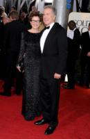 Warren Beatty, Annette Bening - Los Angeles - 16-01-2011 - Golden Globes 2011: le coppie sul red carpet