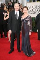 Robin Dearden, Bryan Cranston - Los Angeles - 16-01-2011 - Golden Globes 2011: le coppie sul red carpet