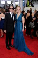 Jon Patrick Walker, Hope Davis - Beverly Hills - 17-01-2011 - Golden Globes 2011: le coppie sul red carpet