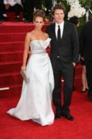 Alex Beh, Jennifer Love Hewitt - Los Angeles - 16-01-2011 - Golden Globes 2011: le coppie sul red carpet