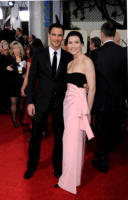 Keith Lieberthal, Julianna Margulies - Los Angeles - 16-01-2011 - Golden Globes 2011: le coppie sul red carpet