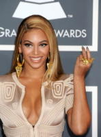 Beyonce Knowles - Los Angeles - 15-12-2010 - Beyoncé chiuderà il Glastonbury Festival 2011