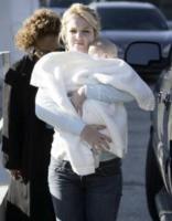 Britney Spears - Culver City - 13-04-2006 - E' ufficiale! Britney Spears è nuovamente incinta.