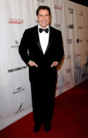 John Travolta - Beverly Hills - 22-01-2011 - Anche John Travolta e Uma Thurman nel cast di Savages