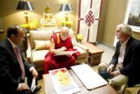 Dalai Lama - Los Angeles - 27-01-2011 - Star come noi: a ogni personaggio pubblico il suo quotidiano