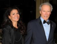 Dina Eastwood, Clint Eastwood - Hollywood - 29-01-2011 - Dina Eastwood, moglie del regista, avrà il suo programma per promuovere una band sudafricana