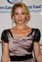 Christina Applegate - Los Angeles - 01-02-2011 - Christina Applegate e' diventata mamma di Sadie Grace