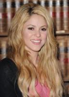 Shakira - Barcellona - 03-02-2011 - Shakira e' diventata vicina di casa di Gerard Pique'