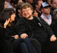 Lorenza Newton, Guillermo del Toro - Los Angeles - 03-02-2011 - Una villa da fiaba: benvenuti a casa di Guillermo Del Toro