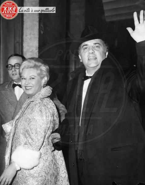Giulietta Masina, Federico Fellini - Roma - 04-02-2011 - Da Fellini a Morricone, quando il cinema italiano è da Oscar