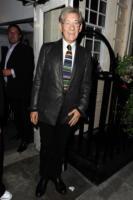 Ian McKellen - Londra - 07-02-2011 - Peter Jackson lascia l'ospedale, ricomincera' dalle riprese di The Hobbit