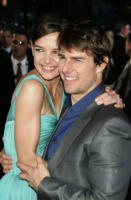 Katie Holmes, Tom Cruise - New York - 23-06-2005 - LA CHIESA DI SCIENTOLOGY INDAGATA DALL'FBI, PAUL HAGGIS RACCONTA TUTTO AL NEW YORKER