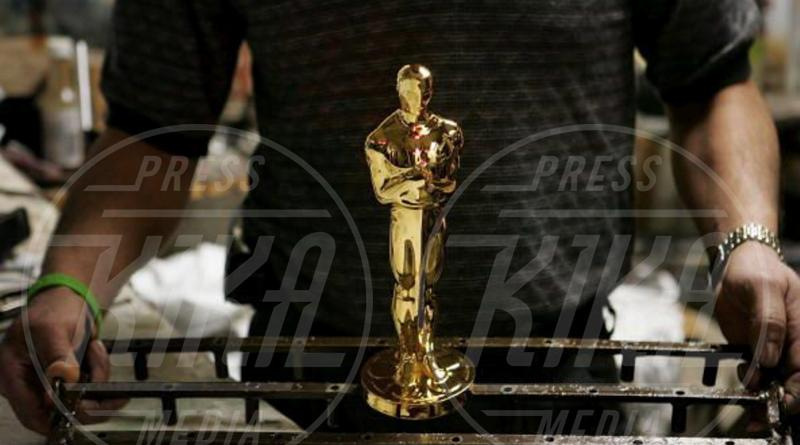 La fabbrica degli Oscar - Chicago - 08-02-2011 - Ecco dove nasce la statuetta dell'Oscar