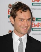 Jude Law - Los Angeles - 09-02-2011 - Uma Thurman e Jude Law saranno nella giuria del Festival di Cannes con De Niro