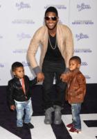 Naviyd Raymond, Usher - Los Angeles - 08-02-2011 - Usher al pronto soccorso dopo che il figlio rischia di annegare