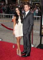 Zac Efron, Vanessa Hudgens - Los Angeles - 20-07-2010 - Vanessa Hudgens non ha rinunciato a Zac Efron ma sta al gioco con Michael Caine