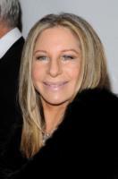 Barbra Streisand - Los Angeles - 11-02-2011 - E' nata una stella e La guardia del corpo, arrivano i remakes
