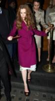 Amy Adams - L'inverno è più romantico con il cappotto rosa!