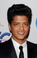 Bruno Mars - Beverly Hills - 12-02-2011 - Il rapper Bruno Mars non andrà in prigione