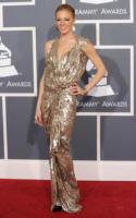 LeAnn Rimes - Los Angeles - 13-02-2011 - LeAnn Rimes, in luna di miele, si difende dalle accuse di eccessiva magrezza