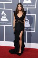 Lea Michele - Los Angeles - 13-02-2011 - Lea Michele terzo incomodo tra Demi Moore e Ashton Kutcher?