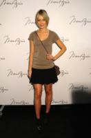 Katrina Bowden - New York - 13-02-2011 - SAG: Katrina Bowden sul tappeto rosso con l'anello di fidanzamento