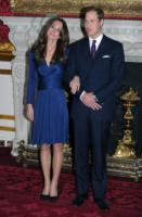Principe William, Kate Middleton - 16-11-2010 - Il principe Harry testimone di nozze per il fratello William