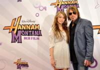 Billy Ray Cyrus, Miley Cyrus - Berlino - 26-04-2009 - Miley Cyrus e' ferita dai commenti di suo padre