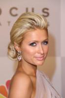 Paris Hilton - Beverly Hills - 20-01-2011 - Paris Hilton chiede scusa a Kim Kardashian
