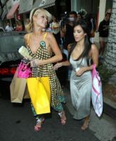 Kim Kardashian, Paris Hilton - Beverly Hills - 09-06-2006 - Paris Hilton chiede scusa a Kim Kardashian