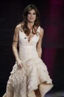 Elisabetta Canalis - Sanremo - 17-02-2011 - Il Festival di Sanremo rende omaggio ai 150 anni dell'Unità d'Italia