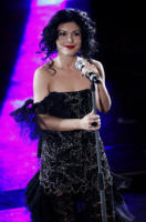 Giusy Ferreri - Sanremo - 17-02-2011 - Il Festival di Sanremo rende omaggio ai 150 anni dell'Unità d'Italia