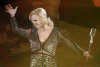 Patty Pravo - Sanremo - 17-02-2011 - Il Festival di Sanremo rende omaggio ai 150 anni dell'Unità d'Italia